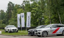Экспозиция BMW Avilon на парковке «Пестово»